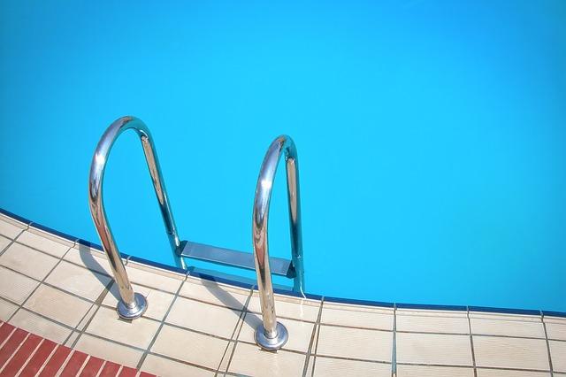 plavat ve vodě