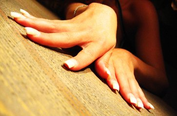 nails-1549017